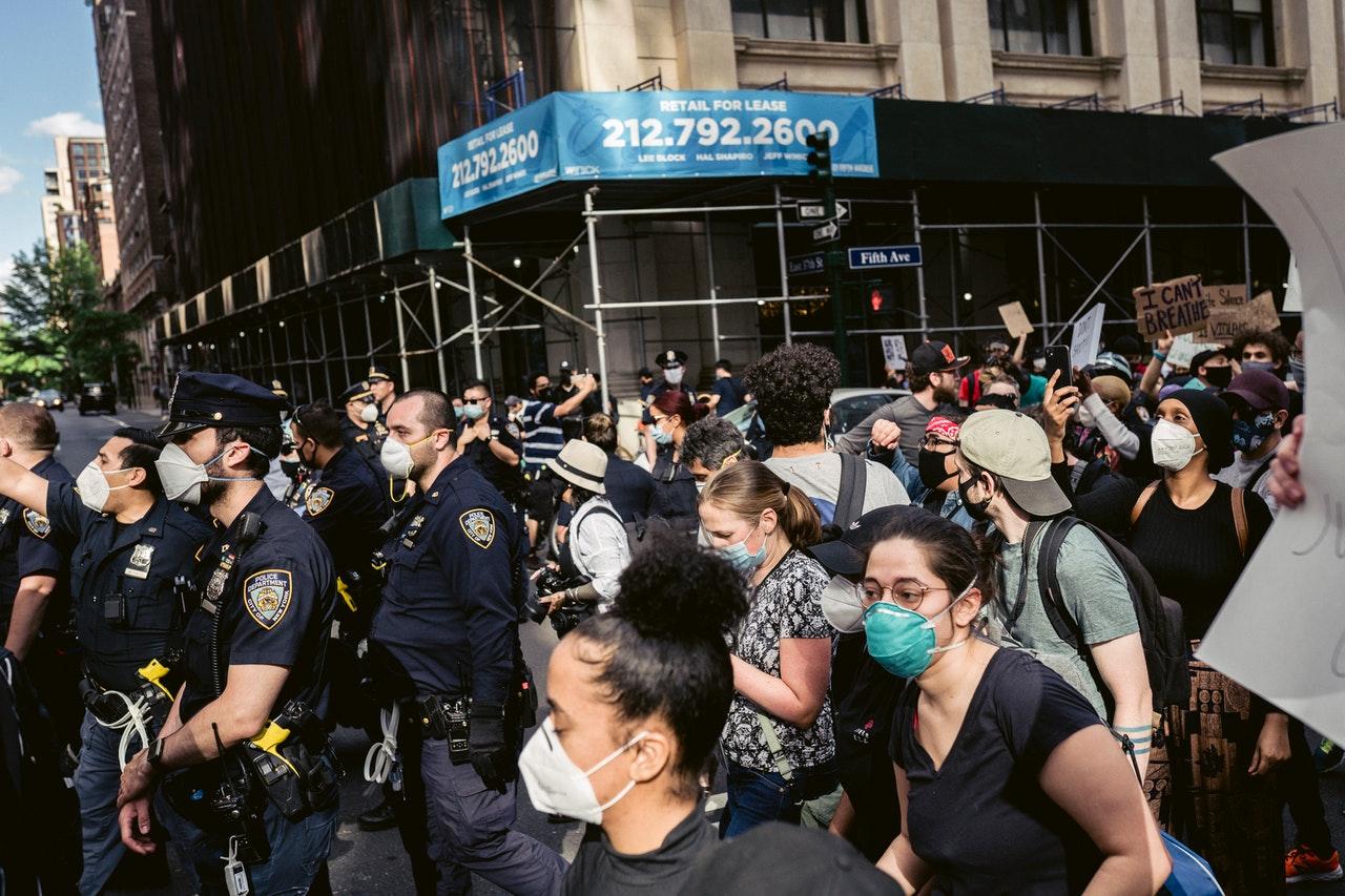 Manifestation police et population